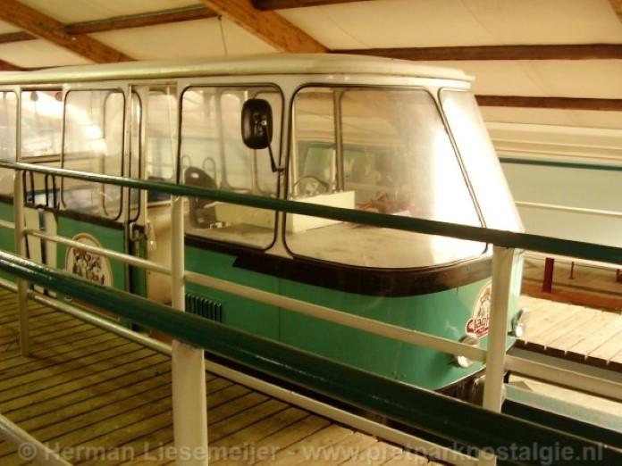 Origineel treinstel monorail Slagharen