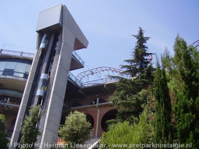 Lift pretpark Tibidabo Barcelona