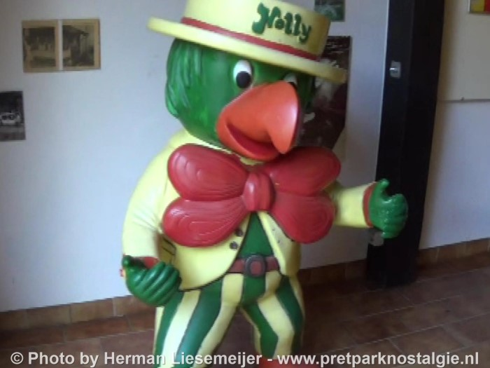 Holiday Park mascotte Holly