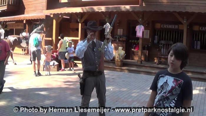 Gardaland - De Sheriff in Rio Bravo houdt mij in de gaten...
