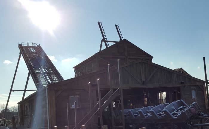 Tweestryd de nieuwe achtbaan in Wildlands Adventure Zoo Emmen.