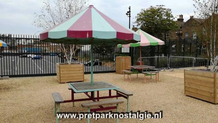 Dreamland Margate - Picknicktafels uit de tijd van Bembom Brothers