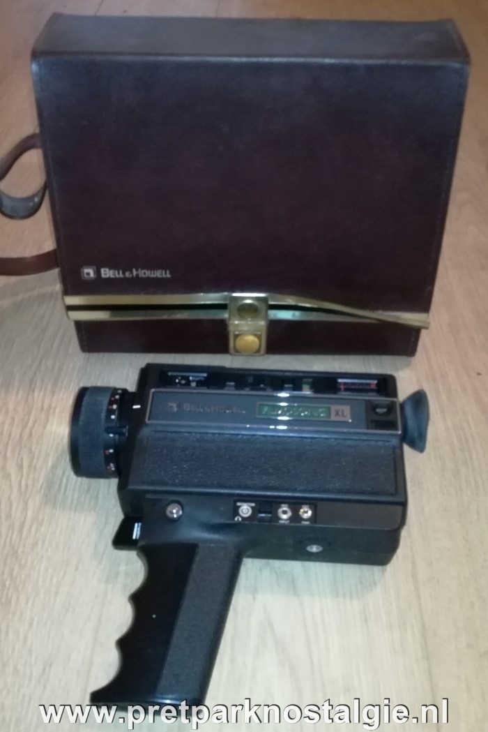 Filmverbod Attracties - Oude Super 8-camera uit de jaren 70