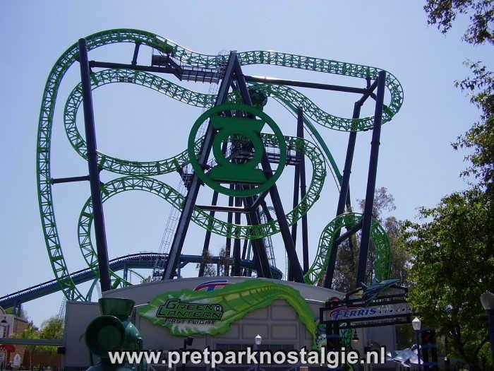 Six Flags Magic Mountain - Green Latern